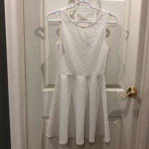 H&M White mini dress - EUC